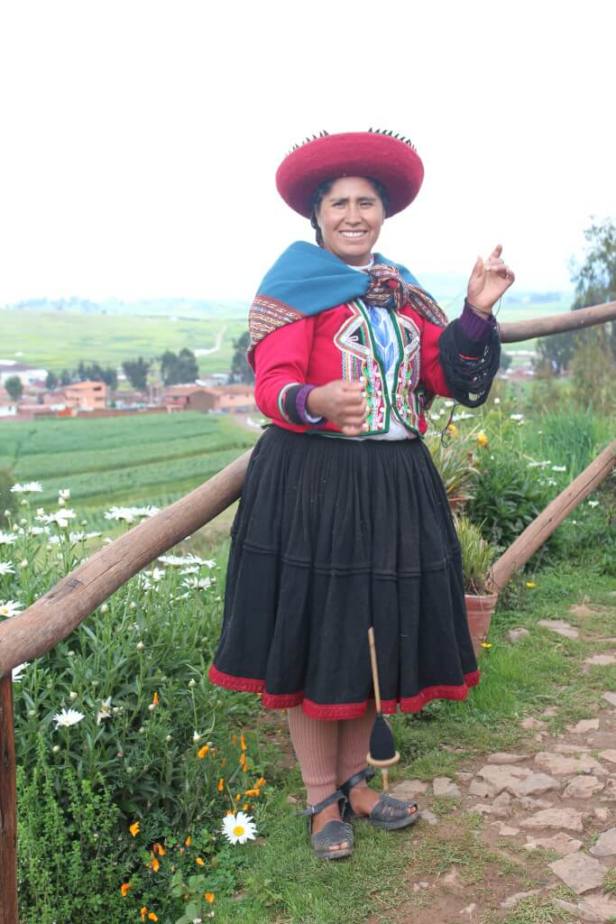 Woman from Chinchero spinning wool
